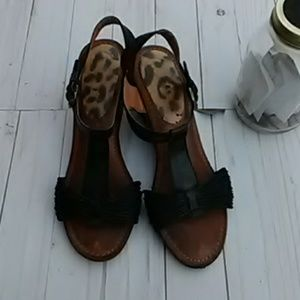 Bare Traps Black Wedge Sandals Size 10